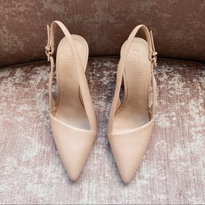 Brand new! Mercedes Castillo slingback pumps